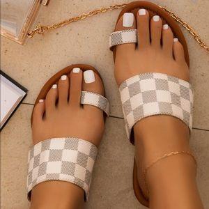 Checkered Toe Ring Slip On Sandals